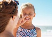 Ήλιος και δερματική υγεία: Είναι όντως αντιφατικά;